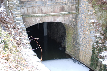 Union Canal -- North Entrance