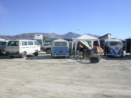 VW Bus Camp